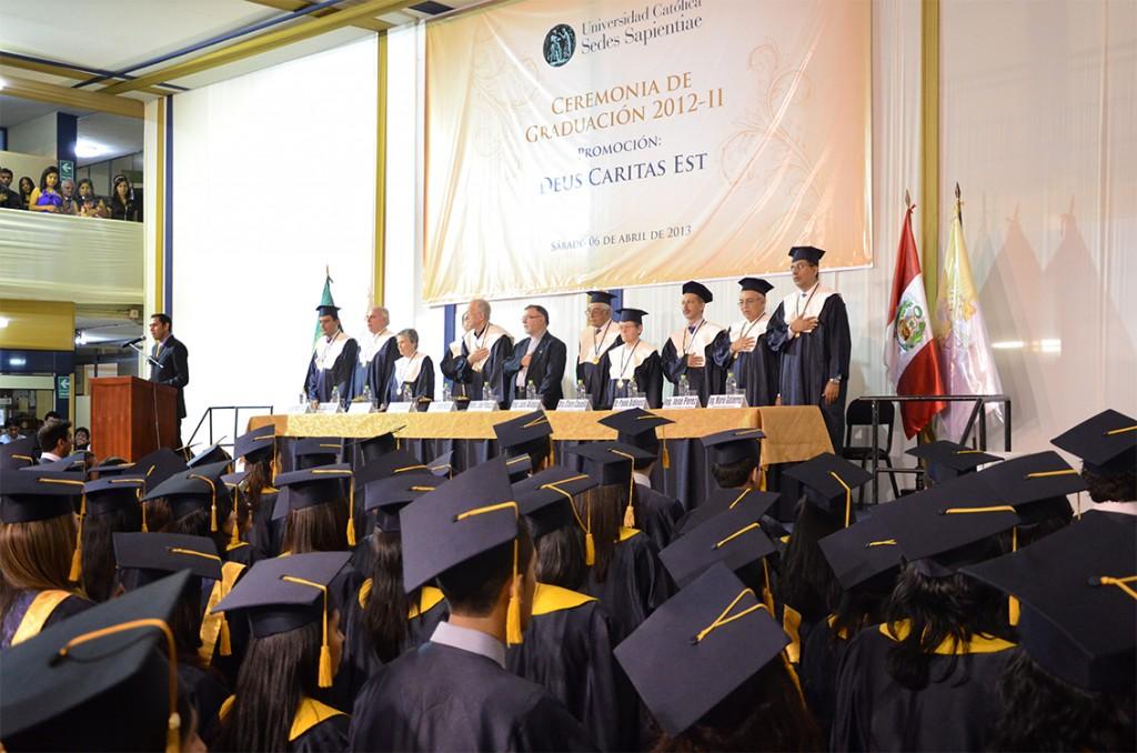 Ceremonia de Graduación 2012-II