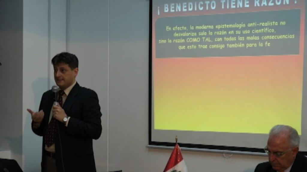 Fondo Editorial UCSS - 2da Feria del Libro Católico - ciencia y fe 3