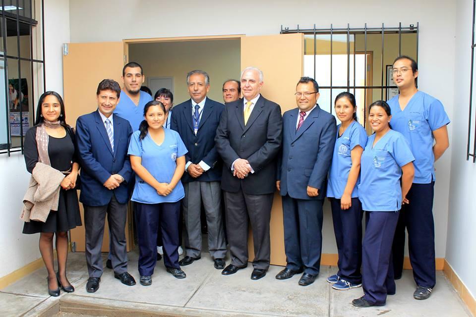Salud - Ampliación departamento rehabilitación HNHU 29-05-2015 - 2