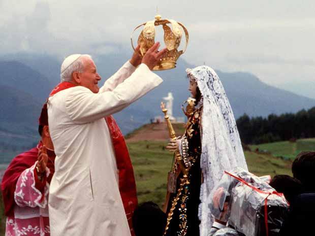 Juan Pablo II en Perú - coronación Virgen de Chapi