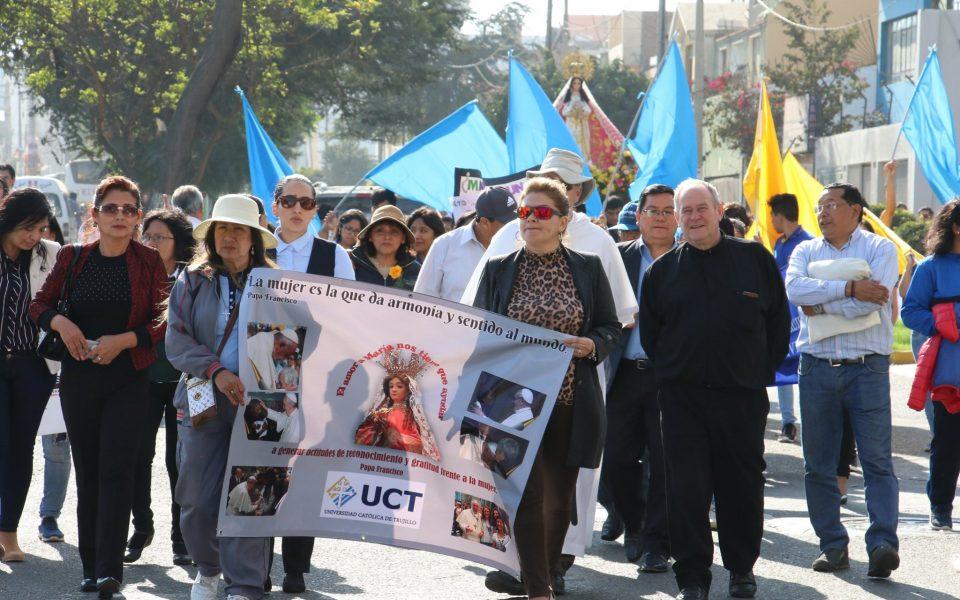 Caminata por la vida II Congreso de Universidades Católicas