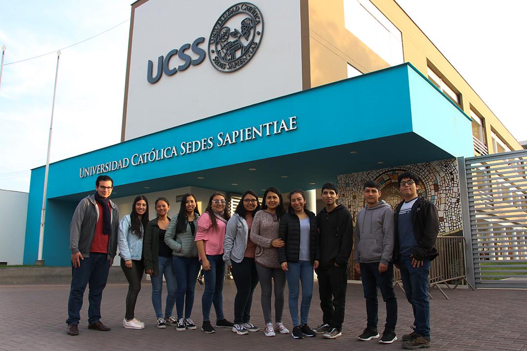 Estudiantes de Turismo y Patrimonio Cultural en el COMPETUR 2019 de Huaraz