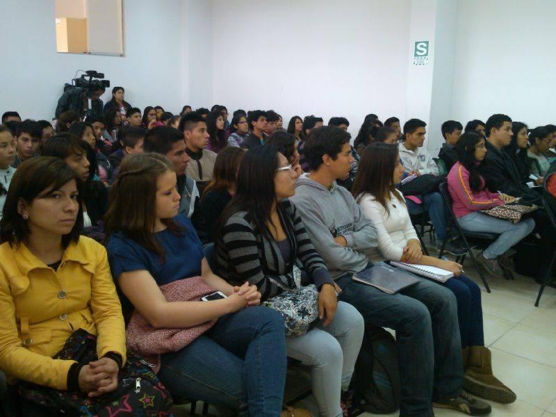 seminario-gerenciando-y-generando-valor-a-un-club-de-ftbol-factor-humano-y-comercial